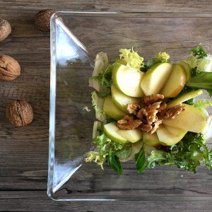 Ensalada de manzana y nueces